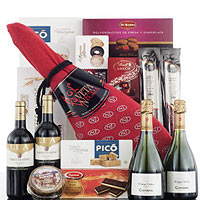 Generous Gift Hamper with Lots of Surprise