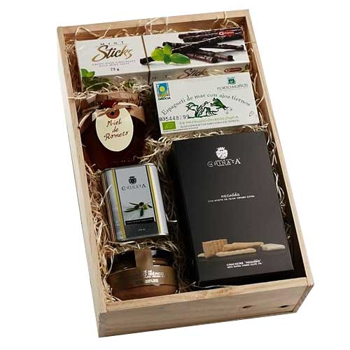 Food-Friendly Flavors for All Gourmet Gift Box