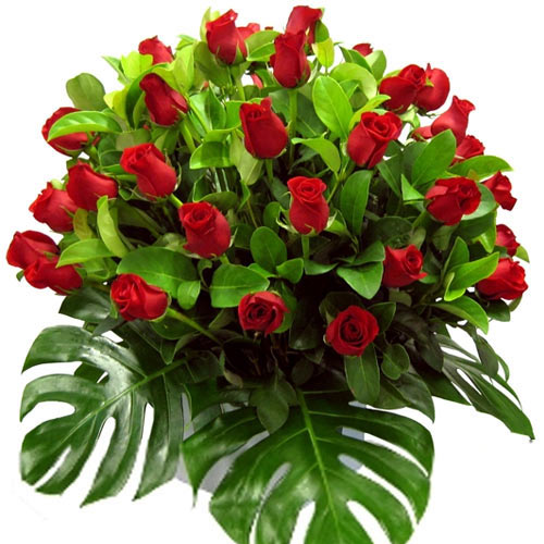 Sophisticated Bouquet of Reddish Love