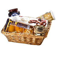Enigmatic a Day in Provence Gift Basket