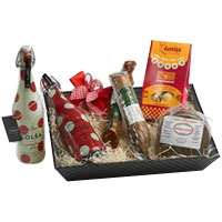 Sophisticated Romantic Gateway Gift Basket