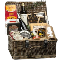 Adorable Break Time Gift Hamper of Goodies