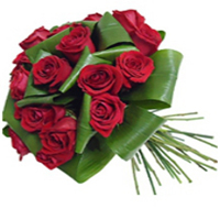 Enchanting Love Bunch of 18 Red Roses<br>