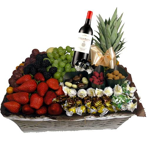 Plentiful Fruits Chocolate N Wine Fusion Gift Tray