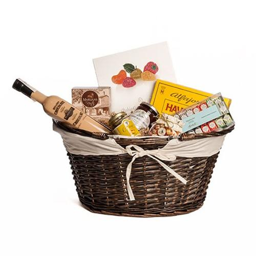 Adorable Assorted Gourmet Magic Gift Hamper