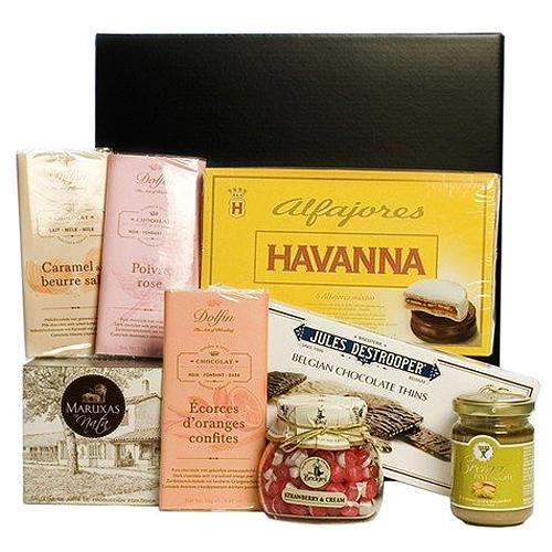 Irresistible Assorted Gourmet Hamper for Special Event
