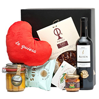 Selective Gourmet Gift Hamper for V-Day