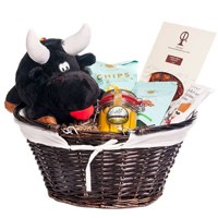 Memorable Moment Amazing Gourmet Hamper for V-day