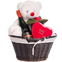 Ambrosial Combo of Wine, Teddy N Chocolates for Romantic Valentine