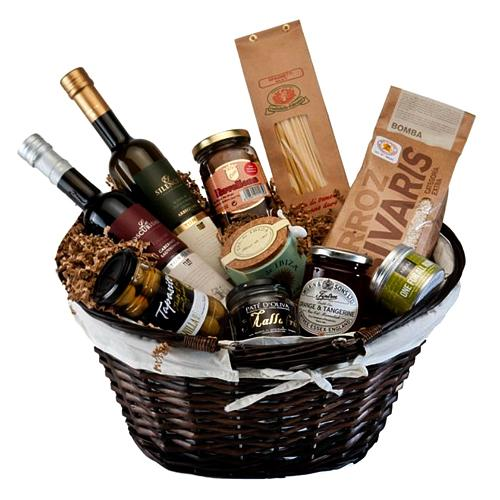 Delectable Gourmet Essentials Gift Hamper <br>